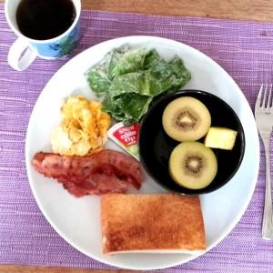 ティピカルな朝ごはん