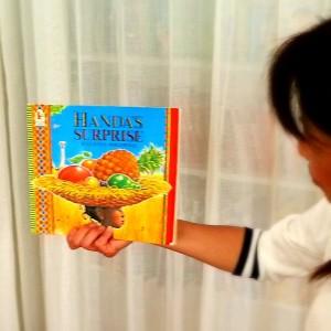 英語絵本読み聞かせ